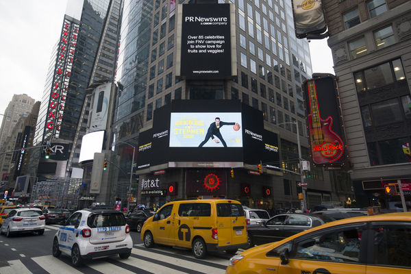Times Square ad with Stephen Curry for Partnership for a Healthier America's FNV initiative.