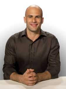 Sam Kass is a speaker at Partnership for a Healthier America's 2017 Building a Healthier Future Summit.