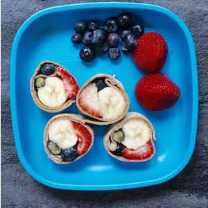 Image of fruit sushi from a recipe by Learning Care Group, a child care provider.