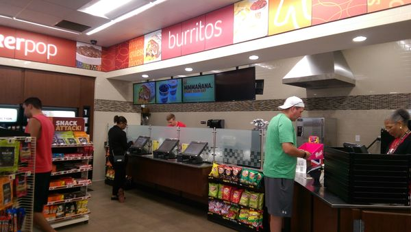 Image of the made-to-order food stand at a Ricker's convenience store.