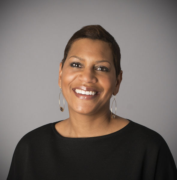 Headshot for Lisa Ross, President, Edelman Washington, DC, and a speaker at Partnership for a Healthier America's 2018 Innovating a Healthier Future Summit, May 2-4 in Washington, DC.